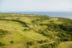 royal-isabela-course-with-ocean-in-background